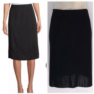Misook Skirts - EXCLUSIVELY MISOOK BLACK STRAIGHT PULL ON SKIRT